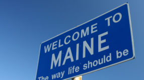 Maine Welcome Sign